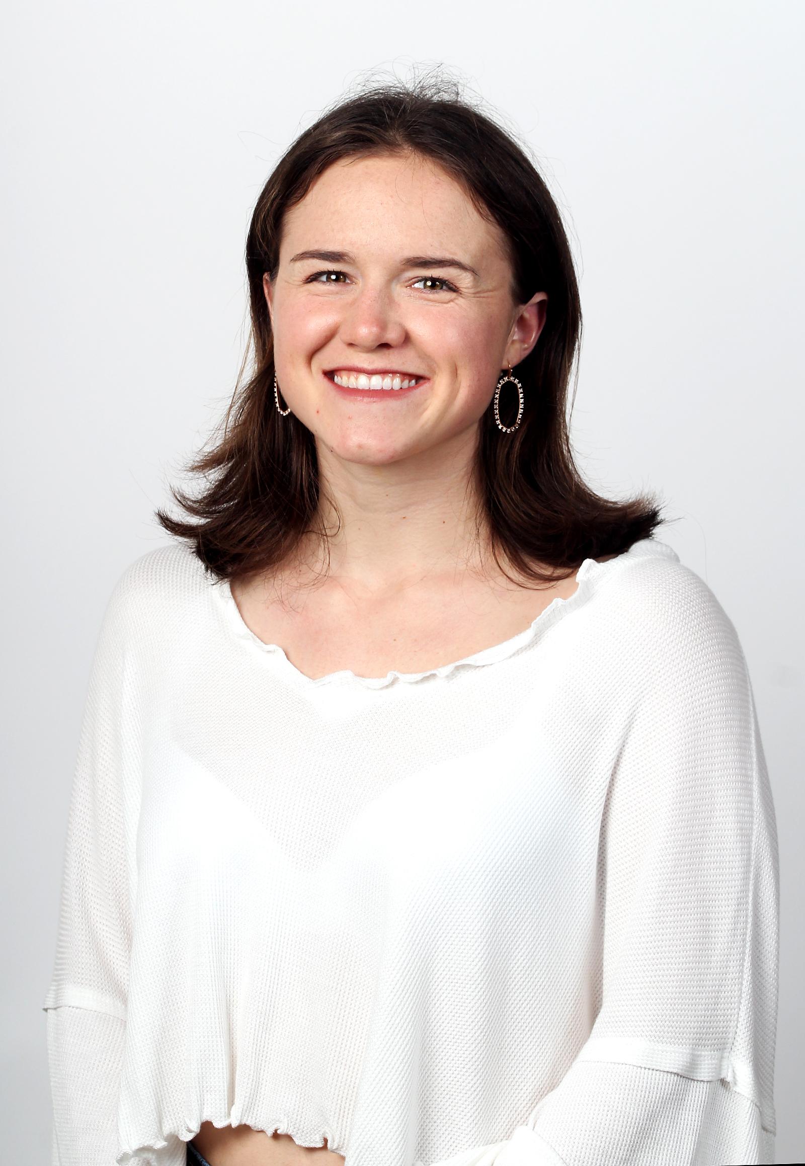Anna Kate Doiron : Reporter
